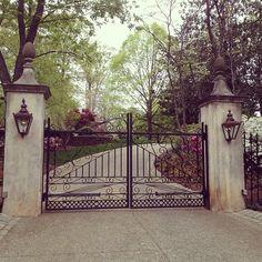 Limestone & Boxwoods - Instagram (@limestonebox) - Boxwood estate in Atlanta by Shutze - pineapple finials
