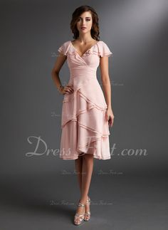 A-Line/Princess V-neck Knee-Length Chiffon Homecoming Dress With Ruffle (022009406) - DressFirst