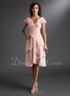 A-Line/Princess V-neck Knee-Length Chiffon Homecoming Dress With Ruffle (022009406) - DressFirst
