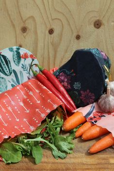 Four different designs of #beeswax #wraps in Apiwrap set which includes small, medium, large and extra large #Apiwraps!