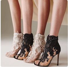 Sergio Rossi Booties #boots #shoes #fashion #vanessacrestto