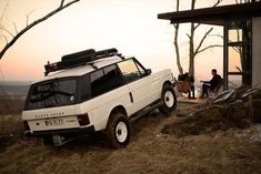Range Rover Classic, Garage Workshop Plans, Goodyear Wrangler, Landrover, Jerry Can, Land Rover Discovery, Fj Cruiser, Toy Trucks, Roof Rack