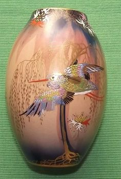 Superb c1930 Carlton Ware Carltonware Art Deco Hand Painted Sketching Bird Vase