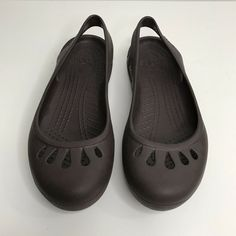 7d1937458554 Crocs Womens Slip On Sling Back Size 8 Brown  fashion  clothing  shoes