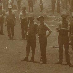 Engelse krijgsgevangenen in een tentenkamp in Waterval, anonymous, 1899 - 1900 - Search - Rijksmuseum Armed Conflict, The Only Way, Britain, Africa, War, History, Historia