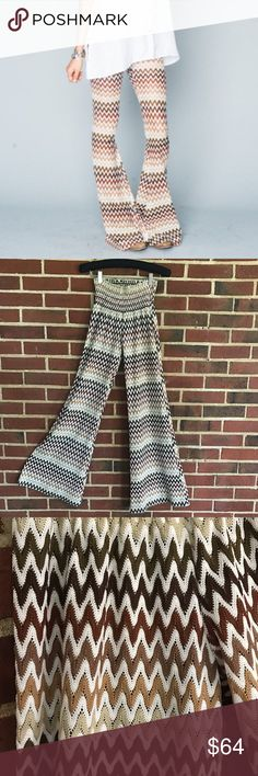 """Show Me Your Mumu Ziggy Bam Bam Bells Size Medium. In excellent condition, only worn a handful of times. Inseam measures 33"""". There is some light piling on the bottom hem, as shown in last pic, but it is not noticeable at all. These pants are awesome! I love getting bundle offers, so please don't be shy. Sorry, no trades. From a smoke free & pet free home. Show Me Your MuMu Pants Boot Cut & Flare"""
