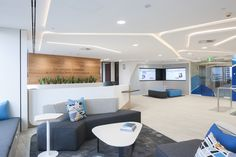 Unilever Sydney CBD workplace reception and waiting by ODCM ©Josh Hill Photography