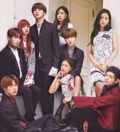 MetKstar is the internet platform for Kpop/Kdrama community to discuss, connect and share anything about Kpop/Kdrama. Bts Group Photos, Blackpink Photos, Bts Girl, Bts Boys, Jungkook Fanart, Bts Jungkook, Foto Bts, Kpop Girl Groups, Kpop Girls