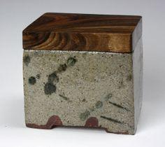 Ceramics by David Wright at Studiopottery.co.uk
