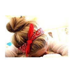 Use a bandana to hold back your hair and still look cute on a bad hair day! Ombré Hair, Hair Dos, Blonde Hair, Girl Hair, Bandana Hairstyles, Pretty Hairstyles, Bun Hairstyle, Winter Hairstyles, Coiffure Hair