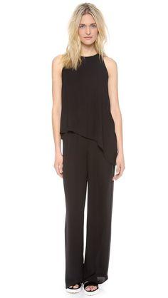 Pin for Later: Jumpsuits erobern die Modeszene — und ihr solltet auch einen haben  BCBG Max Azria Haldi Jumpsuit ($248)