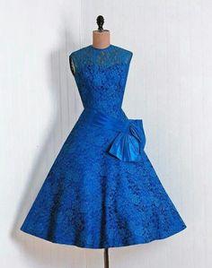 Retro dress blue