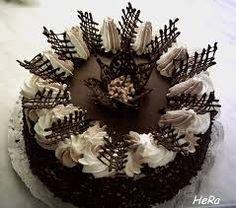 Basic Cake Decorating Ideas And Tips Creative Cake Decorating, Birthday Cake Decorating, Cake Decorating Techniques, Cake Decorating Tutorials, Creative Cakes, Chocolate Cake Designs, Chocolate Decorations, Chocolate Garnishes, Gourmet Cakes