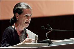 सोनिया गांधी चिंतन शिविर में