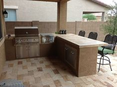Ways To Choose New Cooking Area Countertops When Kitchen Renovation – Outdoor Kitchen Designs Outdoor Kitchen Countertops, Outdoor Kitchen Bars, Backyard Kitchen, Outdoor Kitchen Design, Backyard Patio, Outdoor Kitchens, Backyard Landscaping, Pergola Patio, Pergola Plans