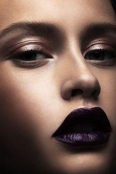 Shiny Bronze Eyeshadows and Semi-Gloss Dark Lips