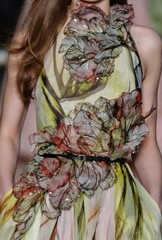 patternprints journal: PRINTS, PATTERNS AND TEXTILE SURFACES FROM HAUTE COUTURE CATWALKS (WOMENSWEAR S/S 2015) / Elie Saab