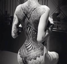Psychedelic Tattoos – would you share your bed with a psychedelic artwork? Tattooing is art, and art can break boundaries and expand your mind. For tattoo artists the bod Corset Tattoo, Tattoo Femeninos, Backpiece Tattoo, Tattoo Dotwork, Tattoo Care, Big Tattoo, Black Tattoo Art, Black Ink Tattoos, Sexy Tattoos
