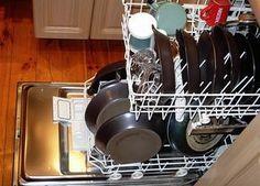 Die meisten Leute tun es nie! Aus DIESEM Grund musst du unbedingt auch den Geschirrspüler reinigen!