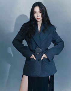 Krystal Jung Fashion, Red Velvet Irene, Jessica Jung, Black Love Art, Korean Fashion, Ice Princess, Cute Girls, Attractive People, Actresses