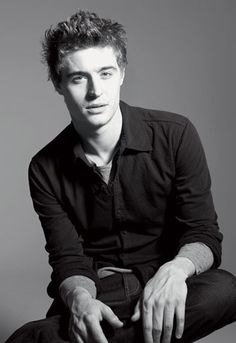 Max Irons, son of Jeremy Irons.