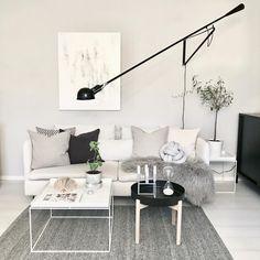 Ikea 'Ypperlig' sidetable & 'Söderhämn' sofa