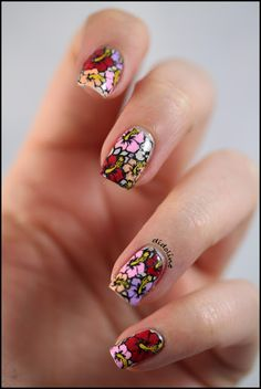 Fun floral print #nailart for Spring...