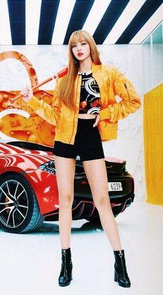 Lisa I'm so hott Blackpink Lisa, Jennie Blackpink, Kpop Girl Groups, Korean Girl Groups, Kpop Girls, Blackpink Fashion, Korean Fashion, Forever Young, Oppa Gangnam Style