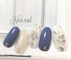 Color for 666666 : holiday nail polish color trends for fall winter Hot Nails, Pink Nails, Red Nail, Pastel Nails, Asian Nails, Floral Nail Art, Geometric Nail, Japanese Nails, Stamping Nail Art