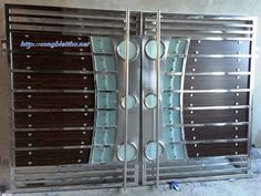 Cổng INOX 99 House Main Gates Design, Front Gate Design, Door Gate Design, Door Design Interior, Steel Grill Design, Steel Gate Design, Stainless Steel Gate, Grill Gate, Steel Stairs