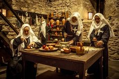 nuns-in-the-kitchen-of-the-monastery-of-the-order-of-the-hospitallers-picture-id651444831 (509×339)