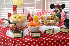 goofy birthday party decorations | Minnie Mouse Birthday Party Food Display: