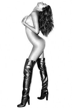 Miranda Kerr in September 2012's @Harper's Bazaar wearing nothing but boots.