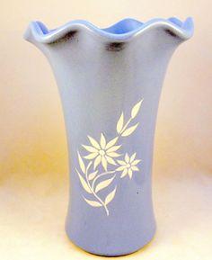 Vintage Abingdon Pottery 566 Starflower vase blue white USA 1940s #Traditional
