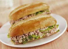 Subway Tuna Sandwich Recipe, Tuna Sandwich Recipes, Roast Beef Sandwich, Salad Recipes, Healthy Recipes, Hamburgers, Baguette Sandwich, Canned Blueberries, Baguette