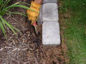 6 x 9 inch concrete pavers Sand Garden trowel Shovel Lawn edging tool Rubbe - Modern Paver Edging, Concrete Edging, Lawn Edging, Garden Edging, Lawn And Garden, Garden Beds, Brick Edging, Ferns Garden, Garden Borders