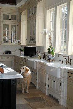 ♛  White Kitchens - Home Bunch - An Interior Design & Luxury Homes Blog #Home #Decor #Interior #Design #Exterior ༺༺  ❤ ℭƘ ༻༻