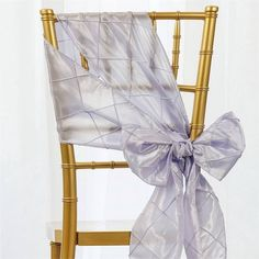 Lavender Pintuck Chair Sash | eFavorMart / Pintuck is actually a fold of fabric that is stitched intricately to hold it in a place, very much like a pleat. These lovely pleats impart a decorative effect to the fabric by fashioning a visual line at a chosen point. They effortlessly bridge vintage and contemporary styles to create a majestic new classic look. If you do not want your celebration to blend in with other weddings, birthdays, and anniversaries, try our premium quality pintuck…