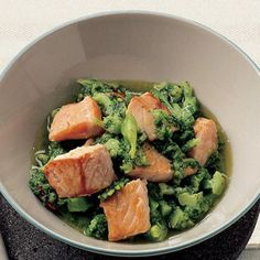 healty food recipe   broccoli salmon and extra virgin olive oil