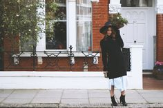 layering two dresses Good News, Layering, Bring It On, Good Things, Stylish, Colors, Dresses, Vestidos, Colour