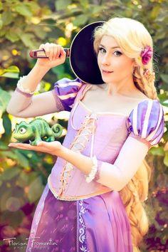 Rapunzel princess - adult (me) dresses up as ralpunzel to take pics with kids