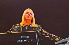 Rick Wakeman, Progressive Rock, Rock Posters, Great Bands, Yes, Classic Rock, Music Stuff, Rock Music, Aurora Sleeping Beauty