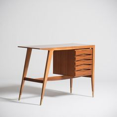 Gio Ponti - desk or vanity, wood and brass, 1953 manufactured by Giordano Chiesa. Sold with the certificate of expertise from Gio Ponti Archives.