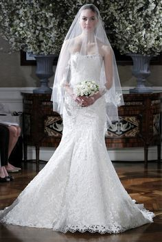 Wedding Gown and Gorgeous Veil