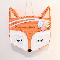 La imagen puede contener: exterior y agua Wild One Birthday Party, Girl Birthday Themes, Party Animals, Animal Party, Woodland Animals Theme, Fox Party, Pinata Party, Woodland Party, Party In A Box