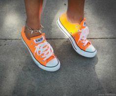 Orange All Star Converse Orange Converse, Converse All Star, Converse Shoes, Vans, Neon Converse, Orange Sneakers, Orange Shoes, Converse Style, Colored Converse