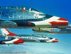 Close-up if the USAF Thunderbirds and their Super Sabers. Us Military Aircraft, Military Jets, Fighter Aircraft, Fighter Jets, Avion Jet, Sabre Jet, Cobalt, Aircraft Painting, Fear Of Flying