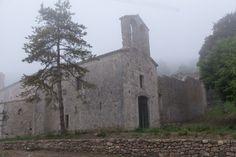 Restauració del monestir de Sant Llorenç de Sous. Obres dutes a terme per la Diputació de Girona. Fotògraf: Eddy Kelele