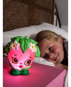 Price Right Home - Shopkins Strawberry Kiss Illumi-Mate Colour Changing Light | Night Light