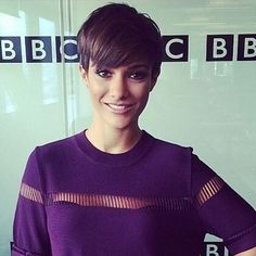 Wow. @francescabridge is amazing back with her pixie haircut.